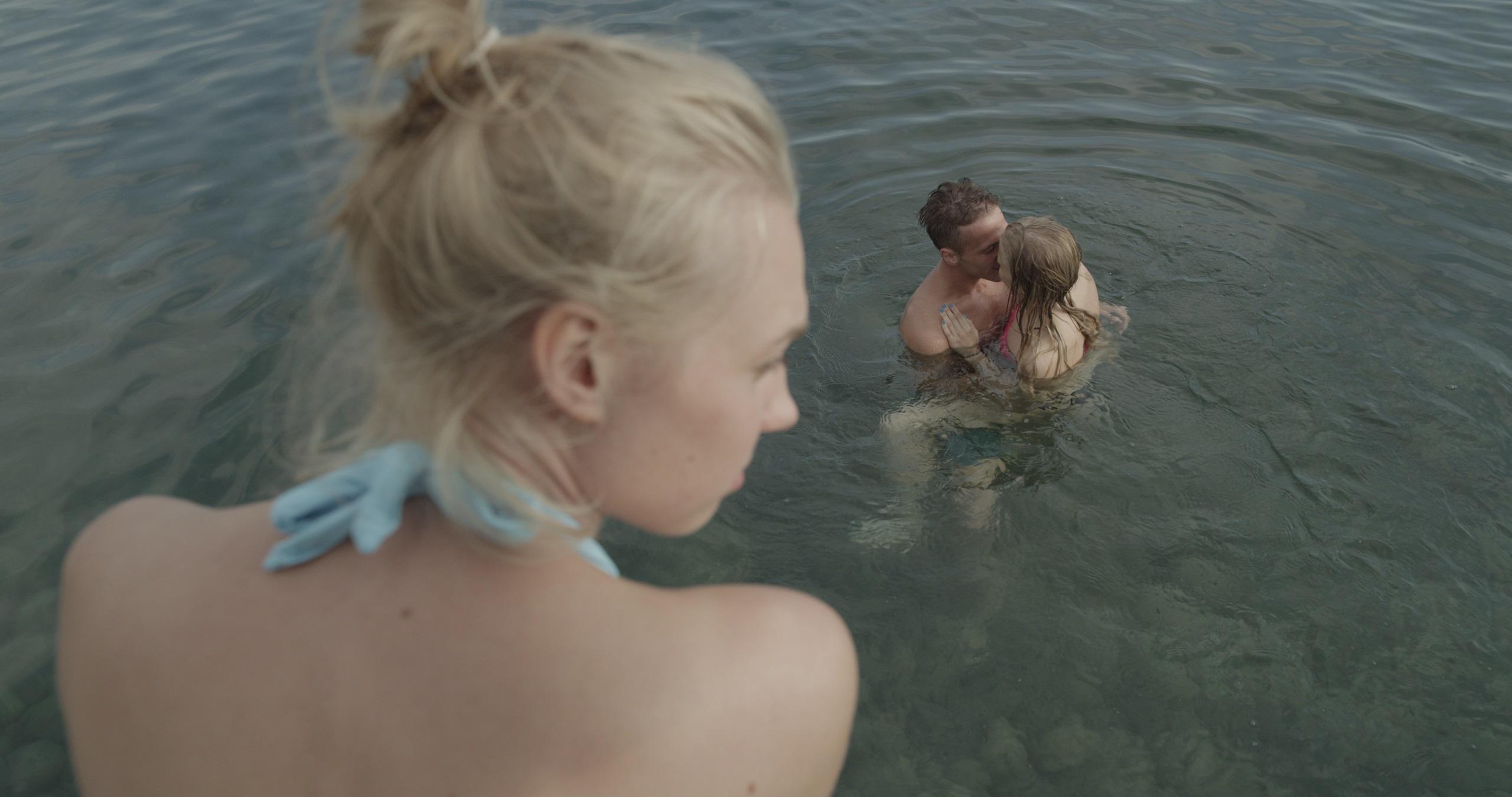 Lezbian 18 erotik film izle - 3 2