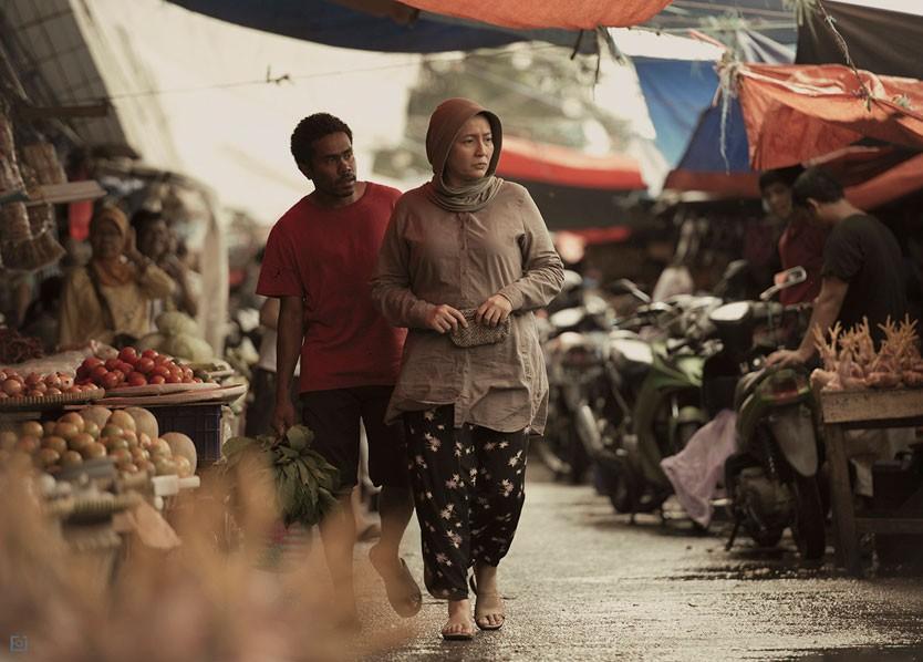 Jimmy Kobogau and Dewi Irawan in Tabula Rasa