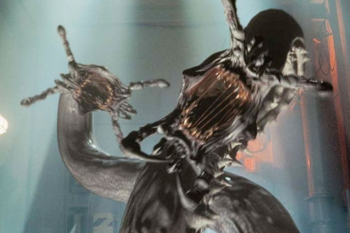 Full Scream Ahead in Deep Rising (dir. Stephen Sommers)