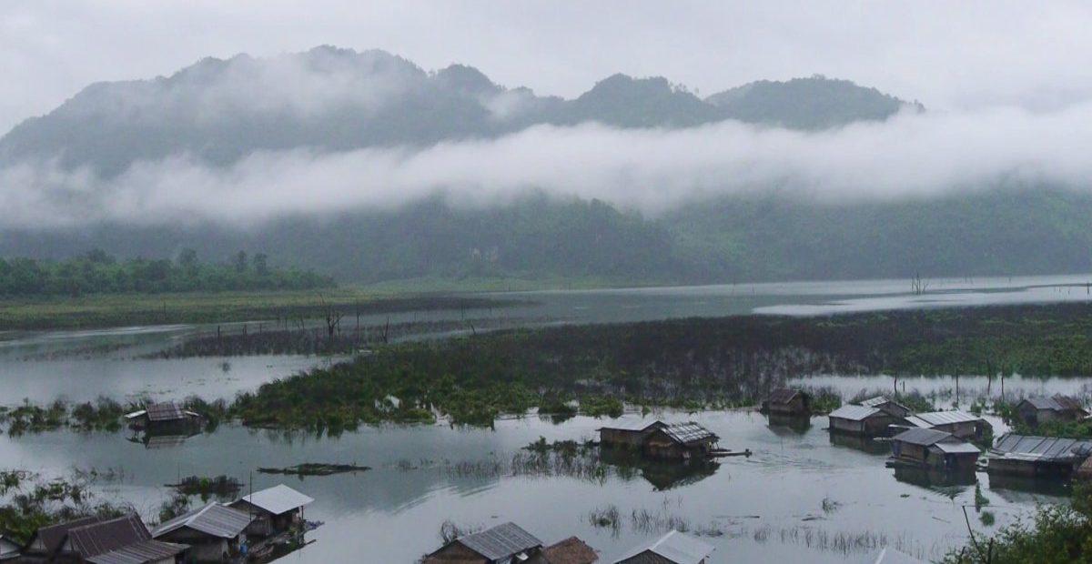 Floating village asylum (dir. Preecha Srisuwan, 2020)