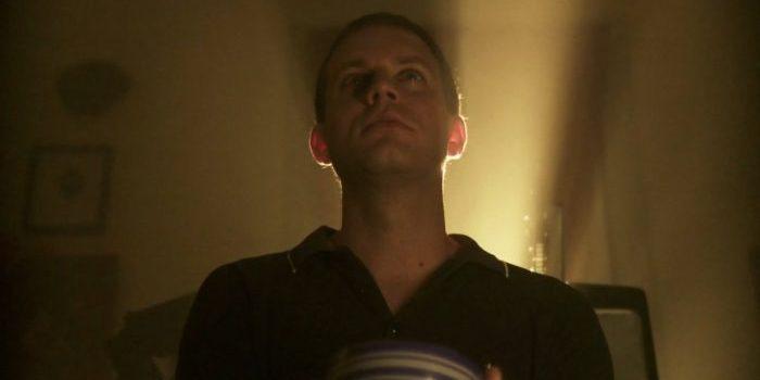 Bathing Franky (dir. Owen Elliott, 2012)